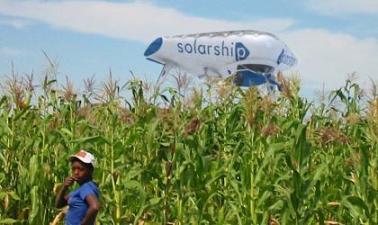 Solarship_Buzzing_Cornfield